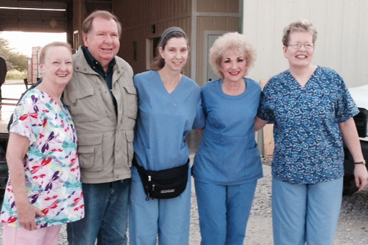 Dr-Sally-Cooley&team