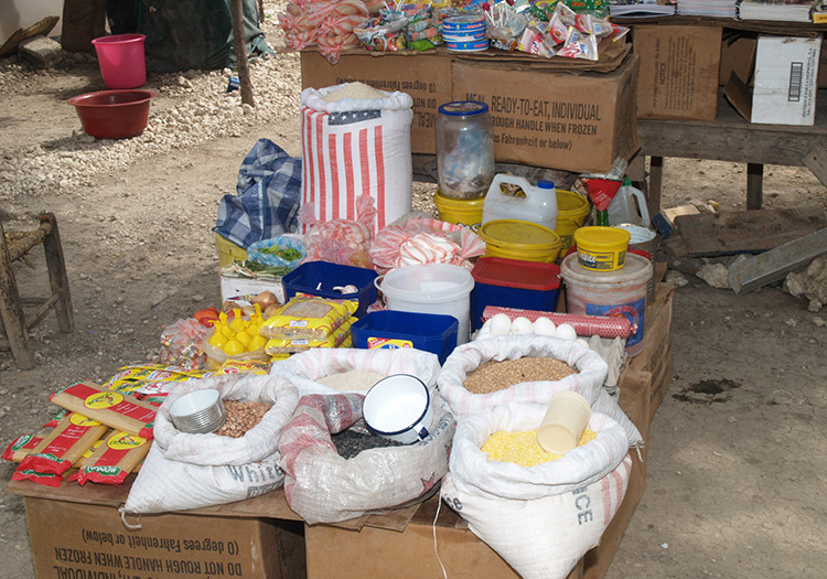 Haitian markets with imported foods